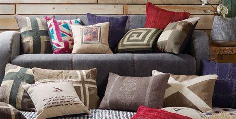 cuscini d arredo per divani cuscini divano arredo di design designperte it