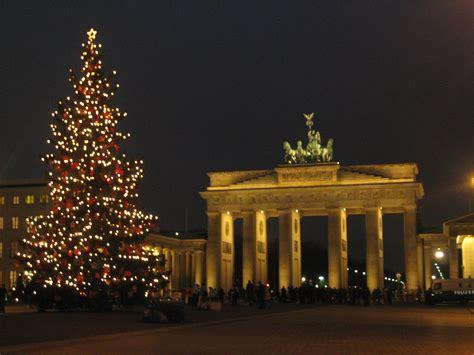 weihnachten in berlin weihnachtsbaum am brandenburger