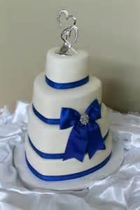 Royal Blue Wedding Cake Hearts