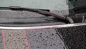 Enlever Résine Sur Carrosserie : enlever les taches de calcaire laiss es par l 39 eau sur la carrosserie ~ Dallasstarsshop.com Idées de Décoration