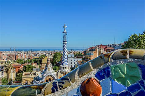 barcelona sightseeing tours        city sights spanish fiestas