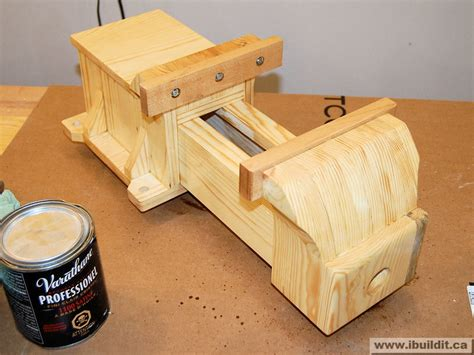 wooden vise ibuilditca