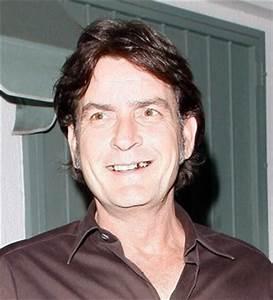 EGO - Charlie Sheen pede desculpas a Ashton Kutcher por ...