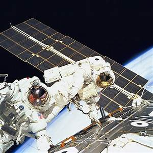 113 best images about Space Walks on Pinterest ...