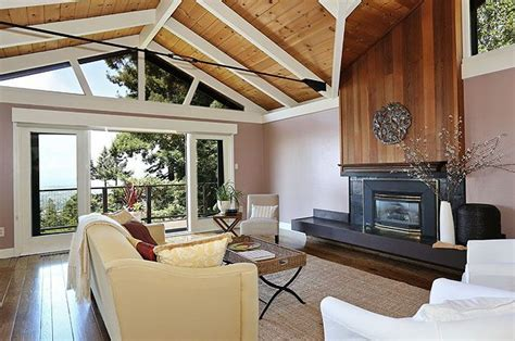 1970's Contemporary. Vaulted ceilings & stylish updates