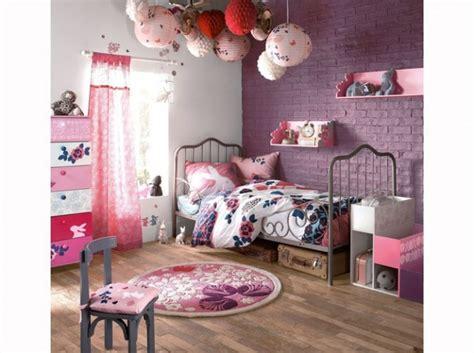 deco chambre bebe fille violet décoration chambre bébé violet