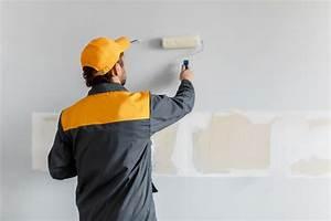 Wände Weiß Streichen : w nde wei streichen so gelingt 39 s am besten ~ Frokenaadalensverden.com Haus und Dekorationen