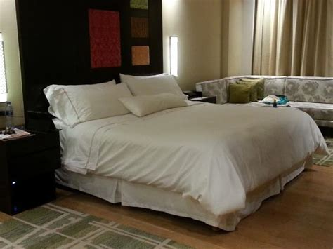 westin s signature heavenly bed and it was picture of