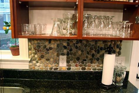 how to arrange kitchen cabinets 1000 ideas about backsplash on stacked 7195