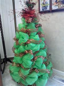 deco mesh christmas tree so much fun to make wreaths pinterest mesh christmas tree deco