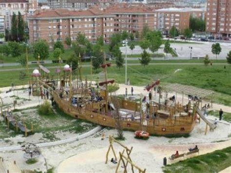 Barco Pirata Vitoria Gasteiz parque del gale 243 n pirata akua en vitoria gasteiz