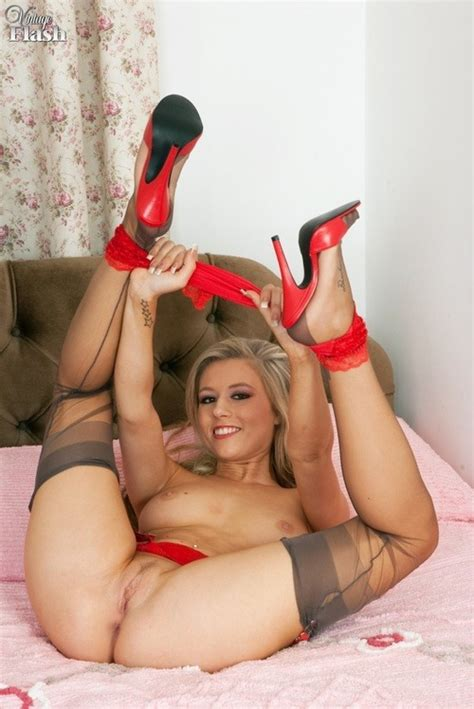 Milf Ala Stockings Nylons Hairy Porn Pictures