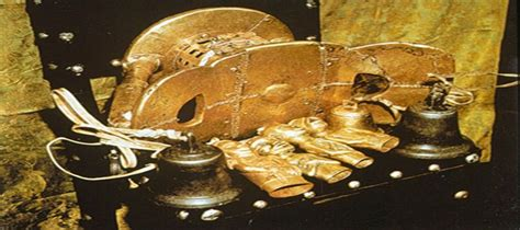 The Ashanti Golden Stool - this is a picture of the ashanti golden stool in ashanti