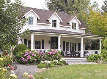 cape cod front porch ideas large wrap around porch cape cod landscaping dehors pinterest cape code front porches