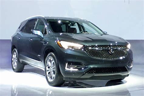 2018 buick enclave avenir aims to elevate the brand automobile magazine