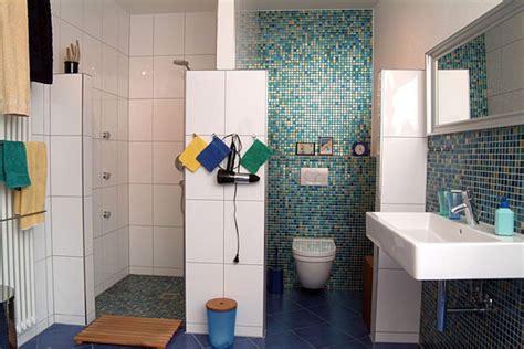 Mosaikfliesen Verlegen Im Badezimmer