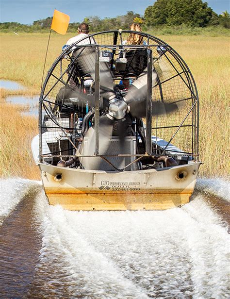 Fan Boat Ride Miami by Florida Airboat Rides At Gator Park Everglades Airboat
