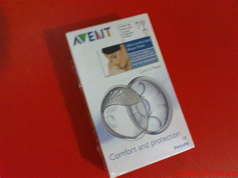Colourful Philips Avent Isis Comfort Breast Shell Set 2 Pairs