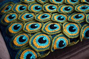 Get Cozy on the Couch This Fall: Comfy Crochet Blanket Designs