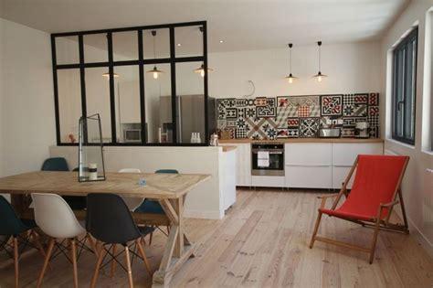 fenetre separation cuisine idée mur de séparation cuisine salle à manger archy