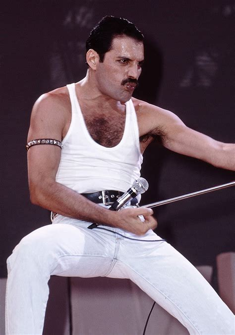 Freddie Mercury by Rami Malek Looks Just Like Freddie Mercury In Bohemian
