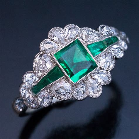 vintage deco emerald ring vintage deco emerald platinum engagement ring antique jewelry vintage rings