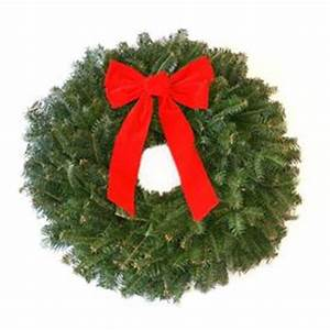 Shop Fresh Christmas Wreaths at Lowes