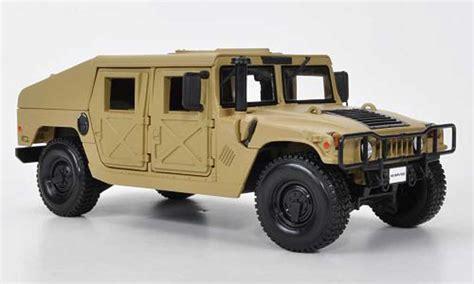 lamborghini humvee hummer humvee militarversion sand maisto diecast model car