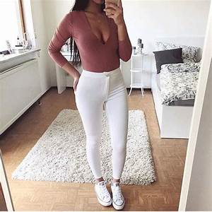 17 Best images about How to Wear White Converse on Pinterest | Beats Short outfits and Cocktail ...