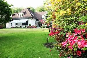 Haus Mit Garten Kaufen : haus mit gro em garten ~ Whattoseeinmadrid.com Haus und Dekorationen