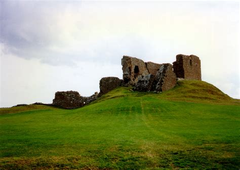 duffus castle  castles  scotland coventry