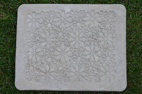 matratze selber machen diy trittplatte aus beton selber machen aus einer