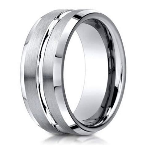 designer mens  platinum wedding band polished center