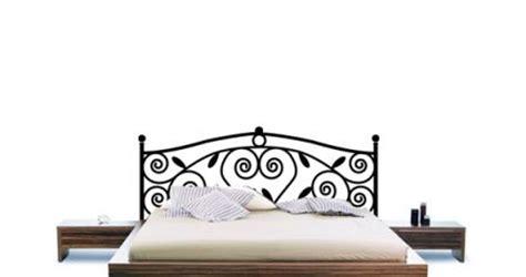 lit 1 place fer forge t 234 te de lit pour chambre d ado les stickers pour habiller les murs et cr 233 er une t 234 te de