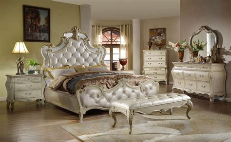 Mirrored Bedroom Sets by Sanctuary Mcferran B8303 Mirrored Bed