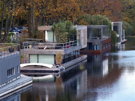 Houseboats Chicago by Hamburg S New Houseboat Community Designapplause