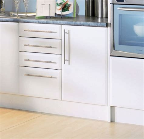 b and q kitchen cabinet doors kitchen cabinet doors b q kitchen cabinet doors b q bq 9061