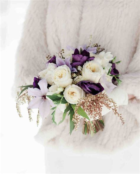 12 Stunning Bouquets For A Winter Wedding Eventful