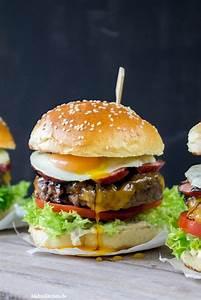 Hamburger Grillen Rezept : beef burger mit kabanos rezept balsamico zwiebeln burger rezept und fleischburger ~ Watch28wear.com Haus und Dekorationen