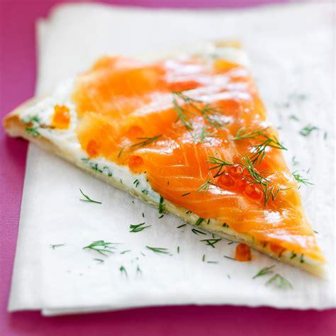 cuisine de a à z entrées tarte au saumon fumé facile et pas cher recette sur