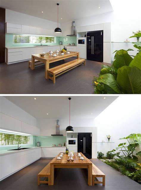 fenetre cuisine fenêtre bandeau pour déco de cuisine contemporaine