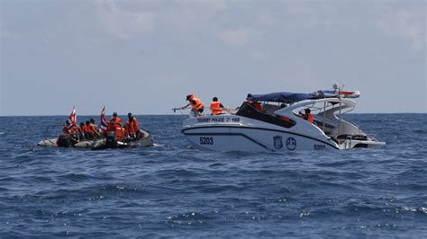 Tourist Boat Sinks by Heartbreaking As Toll Rises After Thai