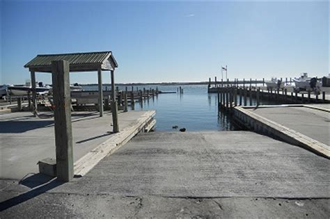 Boat Slips For Rent Surf City Nc by Idyll By The Sea Two Topsail Carolina