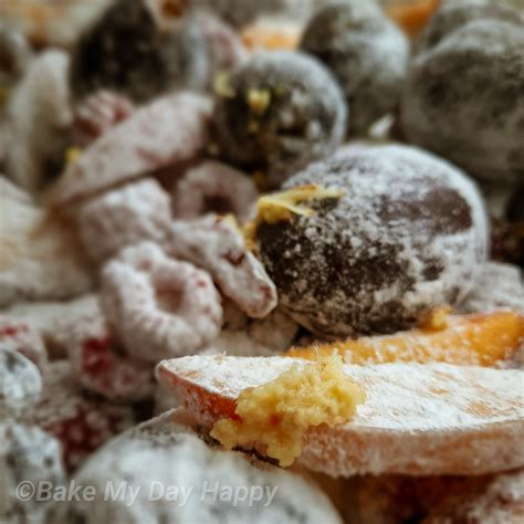 Tartë me kumbulla & mjedra & nektarina - Bake My Day Happy
