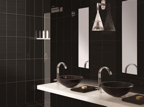 black tile bathroom ideas 10 gorgeous bathrooms with black tile