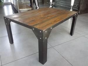 Table Industrielle Bois : table bois et acier cuisine naturelle ~ Teatrodelosmanantiales.com Idées de Décoration