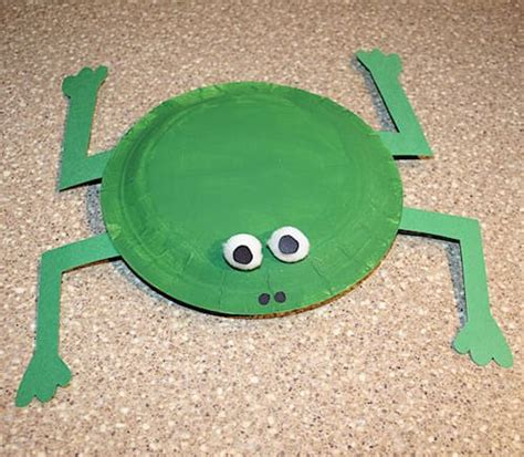 paper plates frogs  frog crafts  pinterest