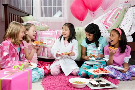 Plan A Perfect Girls' Pajama Party To Have Insane Amounts