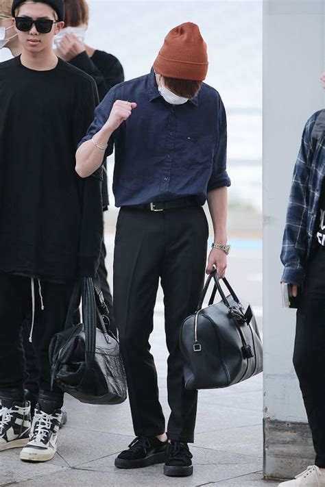 438 best Bangtan Boys (BTS) Fashion images on Pinterest | Bts airport Kpop fashion and Airport ...