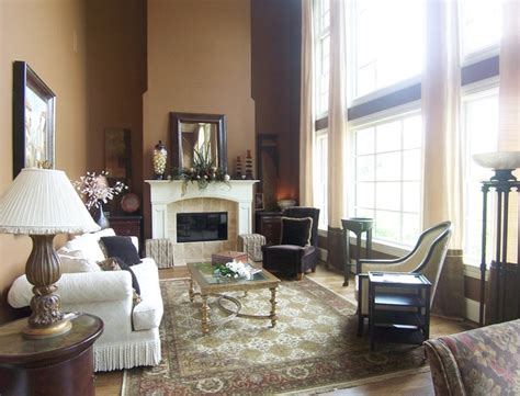 story window treatment traditional living room
